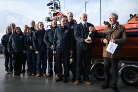 Volunteer crew from Lough Derg RNLI and members of the Lough Derg RNLI Fundraising Committee with Robert Spier (right)