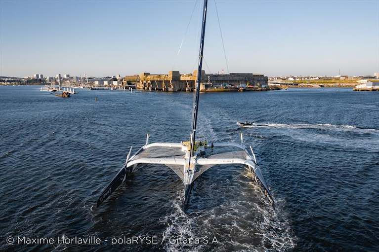 The Maxi Edmond de Rothschild sets off again on their Jules Verne Trophy record attempt