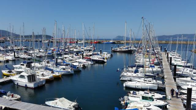 The ICC Galician Rally's assembly harbour at Portosin, with most of the rally participants in the outer berths of the marina