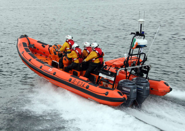 Bundoran Lifeboat Crew Help Rescue Man from Boat Aground Off Ballyshannon
