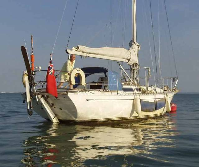 Alert for British Solo Yachtsman Robin Davie, 3 Days Overdue on 300 mile Passage from Les Sables d'Olonne to Falmouth