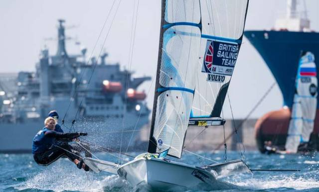 Charlotte Dobson and Saskia Tidey lead at the 49er Euros