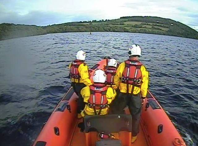 Lough Derg RNLI arriving at the 18ft boat with engine failure at Castlelough